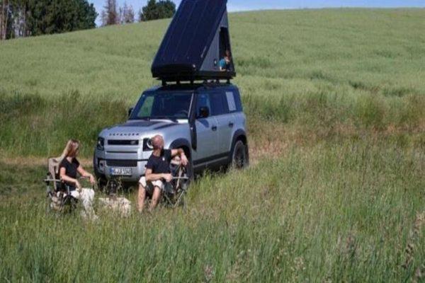 تعرف على أبرز فوائد التخييم على سطح سيارتك؟