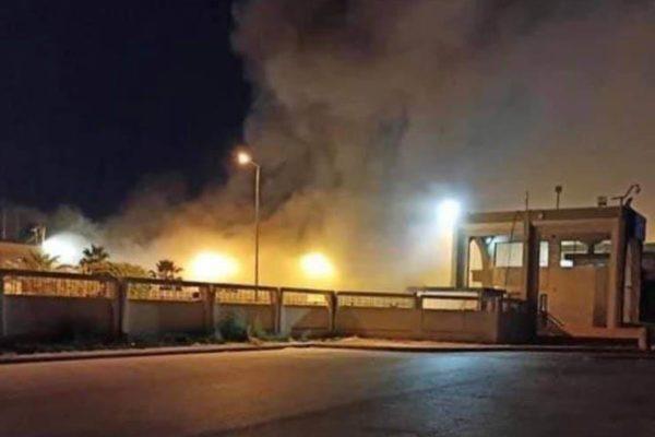 اندلاع حريق هائل في مطار مصراتة الليبي