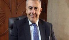 بالحجارة والمياه.. طرد محافظ بيروت خلال جولته في أحد الأحياء (فيديو)