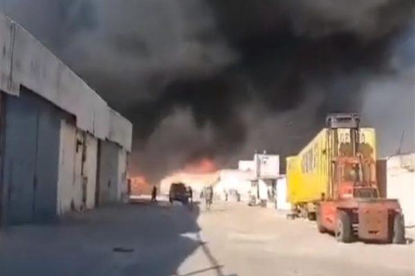 تونس.. اندلاع حريق في مصنع للملابس بمدينة منزل جميل (فيديو)