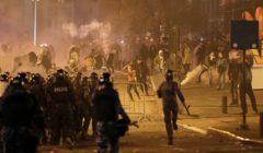 مواجهات عنيفة بين المتظاهرين وقوات مكافحة الشغب بوسط العاصمة اللبنانية