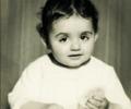 خمنوا من هي هذه الطفلة التي أصبحت من أشهر وأجمل الفنانات؟ - تعرف عليها بالصور