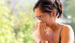 «الأعراض تتشابه».. كيف يمكن التفرقة بين الإصابة بـ«كورونا» و الحساسية الموسمية؟